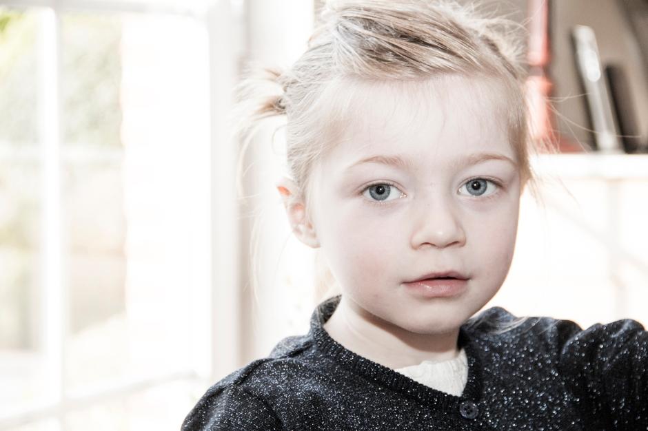 Elsbeth_Neyens_wedding_child